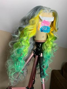 Green Wigs Lace Frontal 27 Piece Wig Princess Peach Wig Lace For Wigs Jumbo Ombre Hair Baddie Hairstyles, Pretty Hairstyles, Curly Hair Styles, Natural Hair Styles, Pretty Hair Color, Exotic Hair Color, Bold Hair Color, Ron Burgundy, Pelo Natural
