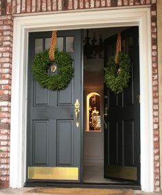 A little leopard at the front door. Boxwood wreath from Trader Joe's and leopard ribbon from Michael's. Front Door Design, Front Door Decor, Wreaths For Front Door, Door Wreaths, Boxwood Wreath, Front Porch, Double Front Doors, Glass Front Door, Door Decorating
