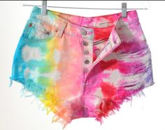 light colored cut off funky shorts