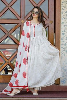 Boho Style Dresses, Dress Indian Style, Stylish Dresses, Indian Dresses, Casual Dresses, Fashion Dresses, Indian Outfits, Bollywood Dress, Bollywood Fashion