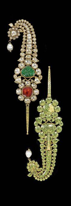 North India | Turban ornament ~ jigha ~ gold, enamel, diamonds, emerald, tourmaline, pearl. | ca ca. 1808 or earlier | 68'500£ ~ sold (Oct '15)
