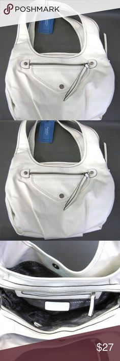 "Vera Wang Simply Vera White Satchel Purse Description: NWT Vera Wang Simply Vera White Satchel Purse  Pockets: Center main compartment with zipper closure; 2 magnetic snap closures; side zip pocket and slip pocket with snap closure  Style: Satchel  Size:      Bag Length: 15""     Bag Height: 8""          Bag Width: 5""                                              Strap Drop:  10"" *from top of purse to center of strap  Material: Main: 100% PU; Lining: 100% polyester  Condition: Item is new, in…"