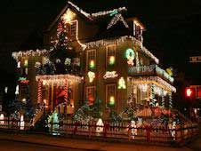 Christmas Lights Sightseeing Bus Tour, Dyker Heights, Brooklyn, New York (NYC)