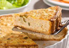 A quiche de frango e palmito é aposta certeira para o almoço de domingo. Não esqueça do parmesão e do creme de leite