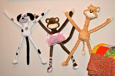 Wallfriends Dolls are a nice kids room decorating idea. You can stick your wallfriend to the wall.