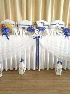 Dekoracja sali w kolorystyce biel i navy blue. Communion, Hanukkah, Navy Blue, Wedding Ideas, Wreaths, Weddings, Flowers, Home Decor, Decoration Home
