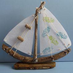 Driftwood Boat - Medium freestanding £15.00