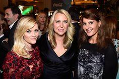 Pin for Later: Les Stars les Plus Influentes d'Hollywood Se Sont Retrouvées à la Soirée Power of Women Reese Witherspoon, Cheryl Strayed et Nia Vardalos