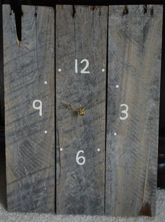 Rustic Homemade Clock made from Refurbished Pallet