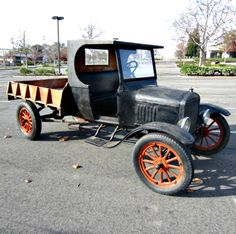 1925 Ford TT Truck. This 90 year old truck starts easily and runs good! Get it on GovLiquidation.