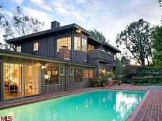 #SallyField's Malibu Home: Pool>> http://www.frontdoor.com/photos/tour-sally-fields-malibu-home-for-sale?soc=pinterest