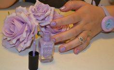 CONTEST FLOWER POWER MI-NY Immagine inviata da Martina Bonotto. 'Lillak Spring'.  Tutti gli SMALTI della COLLEZIONE GLAM MI-NY: http://www.minyshop.com/it/12-glam-colors  REGOLAMENTO DEL CONCORSO: https://www.facebook.com/minynails/app_137541772984354