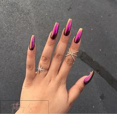 40 Beautiful Long Acrylic Chrome Nails By adding the chrome powder, you can easily turn your acrylic into mirrored chrome nails. Here are some beautiful long chrome nails ideas for you. Pick one and make it now! Hot Nails, Hair And Nails, Gorgeous Nails, Pretty Nails, Crome Nails, Nagel Gel, Nails On Fleek, Nails Inspiration, Beauty Nails