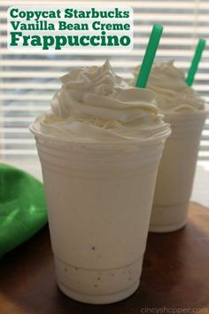 You can make this super simple CopyCat Starbucks Vanilla Bean Frappuccino right at home. Do It Yourself Essen, Köstliche Desserts, Dessert Recipes, Health Desserts, Plated Desserts, Drink Recipes, Dinner Recipes, Yummy Drinks, Yummy Food
