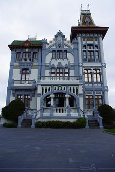 Victorian House II . . . Beautiful, but this is not our house. We have a Greek Revival. Maybe our next house will allow this type of detail.
