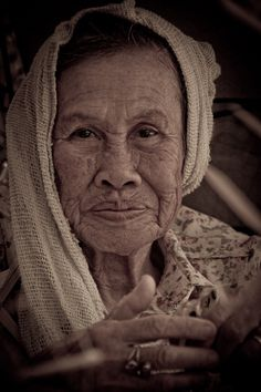 woman in Chiang Mai: Shelly Han Photography