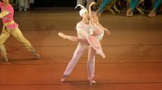 Ana Elisa Mena, Primera Bailarina de la Compañía Nacional de Danza,  México   ABC Danzar: Hablemos de... La Bayadera