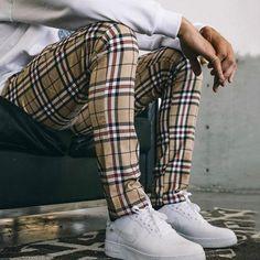 Mens Fashion Shoes, Latest Fashion Clothes, Daily Fashion, Fashion Outfits, Plaid Pants, Casual Pants, Casual Outfits, Men's Pants, Pant Shirt