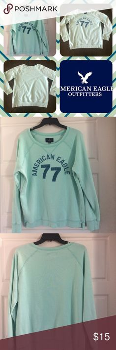 American Eagle Sweater Pre-owned. Good Condition. Size: Large. Very comfortable. American Eagle Outfitters Sweaters