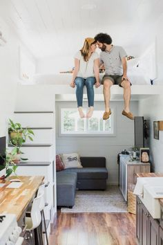 53 The Best Tiny House Living Room Decor Ideas Maximize Small Space, Small Space Living, Living Area, Small Living Room Layout, Best Tiny House, Tiny House Plans, Small Tiny House, Modern Tiny House, Modern Cottage