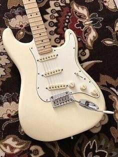 2015 Fender American Standard Stratocaster Olympic White for sale online Fender Stratocaster Sunburst, Stratocaster Guitar, Fender Guitars, Gibson Guitars, American Standard Stratocaster, Fender American Standard, Fender Electric Guitar, Cool Electric Guitars, Rory Gallagher