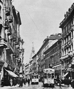 Via Torino 1920ca a quell'epoca la via più commerciale di Milano | Flickr - Photo Sharing!