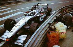 #3 David Coulthard...West McLaren Mercedes...McLaren MP4-17...Motor Mercedes FO 110M V10 3.0...GP Monaco 2002