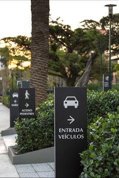ILUSTRE IDEIA - Iguatemi Business (fotos: Marcelo Donadussi) #wayfinding #signage #environmentaldesign #segd #egd #corporateoffices #entrance #totem #design