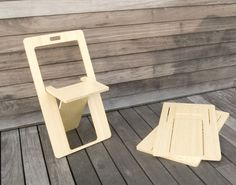 For Rent Chairs And Tables Wooden Folding Chairs, Folding Furniture, Space Saving Furniture, Diy Furniture, Furniture Design, Woodworking Projects Diy, Diy Wood Projects, End Table Plans, Accent Chairs Under 100