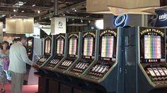 El mundo legal de España frente a los juegos de azar  http://www.madridiario.es/440511/juegos-azar-mundo-legal  #casino #España