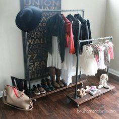 If you are limited on closet space, give these DIY clothes rack ideas a try! Garment racks can give you extra space for your stylish wardrobe! Diy Wardrobe, Wardrobe Rack, Wardrobe Clothing, Woodworking Projects Plans, Teds Woodworking, Memorial Day, Kids Clothesline, Diy Rack, Diy Clothes Rack