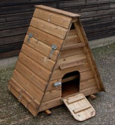 Duck Farming, Duck House, Birdhouse, Ducks, Woodworking, Outdoor Decor, Home Decor, Bunny, Birdhouse Ideas