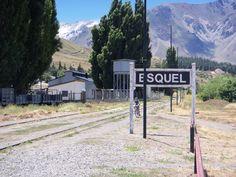 Chubut, Esquel, Viaje en la Trochita a Nahel Pan ( 18 km), Comunidad aborigen