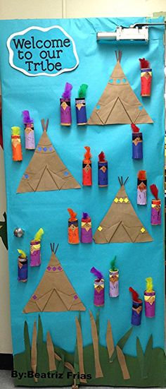 Cute Native American theme door welcome. Native American Crafts, American Indians, Diy And Crafts, Crafts For Kids, Arts And Crafts, Indian Theme, Thanksgiving Preschool, Le Far West, Classroom Themes