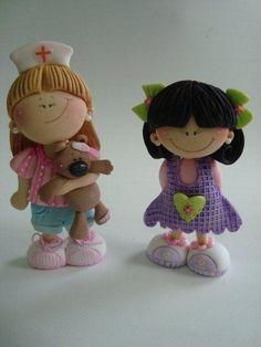 muñecas....(oh so whimsically CUTE!!)....