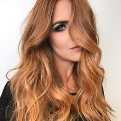 Strawberry blonde feels like such a cute hair color to have, right? Strawberry blonde is a trendy hair color. Basically, strawberry blonde is A shade of ha Ombre Hair Color, Cool Hair Color, Blonde Color, Red Ombre, Red Color, Coiffure Hair, Blonde Hair Shades, Blonde Waves, Dye Hair Blonde