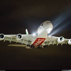 Emirates Airbus (registered on final approach to London-Heathrow, March 2014 (photo by Akbarali Mastan) Emirates Airbus, Emirates Airline, Airbus A380, Boeing 747, International Civil Aviation Organization, Plane Photos, Aircraft Photos, Airplane Photography, Passenger Aircraft