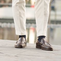 """""""We do not remember days, we remember moments."""" Cesare Pavese  Rilasàa, our #loafers in brown leather available online at www.velasca.com. Link in profile to #shop.  #velascamilano #madeinitaly #shoes #shoesoftheday #shoesph #shoestagram #shoe #fashionable #mensfashion #menswear #gentlemen #mensshoes #shoegame #style #fashion #dapper #men #shoesforsale #shoesaddict #sprezzatura #dappermen #craftsmanship #handmade #pennyloafers"""