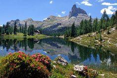 Rifugio Palmieri - Croda da lago, la cima è il Bec del Mesdì - Dolomites, province of Belluno, Veneto, Northern Italy