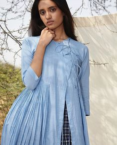 Muslim Fashion, India Fashion, Boho Fashion, Fashion Outfits, Girls Maxi Dresses, Cotton Dresses, Kurta Designs, Blouse Designs, Indian Designer Outfits