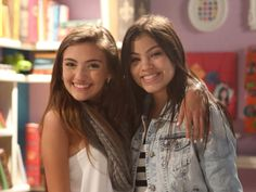 Every Witch Way Finaly Cast | Whoa! These onscreen BFF queens are backstage besties? Of course ...