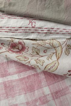 1 Vintage french linen cotton blend tablecloth cut piece 1930  1~ antique French printed linen ~ STUNNING design c1890-1910  1 vintage hand towel 1920  1 antique French faded pink Vichy check c1780 ~   Antique Vintage French fabrics materials ~Project Bundle ~ FADED pinks ~ linen | eBay