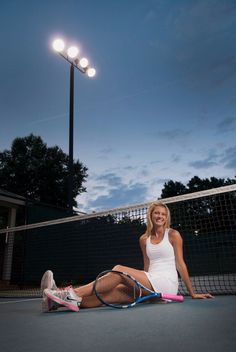 Senior Portrait / Photo - Girls - Tennis