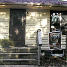 Kelwood Retreat House - Hastings, MN: Self-service private weekends accommodating 4 to 8 guests.