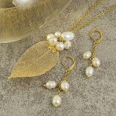 Pearl Jewelry, Wire Jewelry, Jewelry Crafts, Beaded Jewelry, Jewelery, Beaded Earrings, Earrings Handmade, Handmade Jewelry, Jewelry Accessories