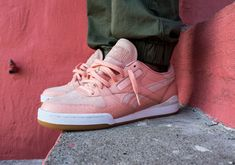 """Detroit's favorite sneaker shop Burn Rubber pays tribute to The Notorious B.I.G. ahead of his birthday on May 21st with the Reebok Phase 1 """"Detroit Playas"""". Constructed in premium pink nubuck and gator-textured leather, the shoe references when Biggie showed … Continue reading →"""