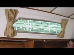 How to Make Boat Interior Curtains Video demonstrates how to sew and hang curtains for the cabin of your sailboat. Soften the windows in your boat's cabin an. Make A Boat, Build Your Own Boat, Boat Building Plans, Boat Plans, Sailboat Interior, Boat Decor, Cabin Cruiser, Boat Stuff, Fun Stuff