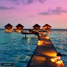 Sunset in Maldives. Like and comment if you want this! ➡️ @sweartee for more!