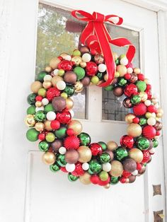 DIY Ornament Wreath made out of a simple pool noodle! DIY Ornament Wreath made out of a simple pool noodle! Pool Noodle Christmas Wreath, Pool Noodle Wreath, Christmas Ornament Wreath, Christmas Wreaths, Autumn Crafts, Holiday Crafts, Holiday Fun, Holiday Ideas, Christmas Ideas