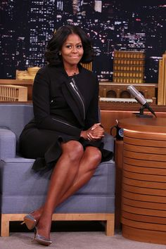Michelle Obama wore black zippered Givenchy by Riccardo Tisci separates for 'The Tonight Show Starring Jimmy Fallon' on January 11 — see her style Michelle Obama Flotus, Michelle Obama Fashion, Barack And Michelle, Barack Obama Family, Malia Obama, Happy Birthday Michelle, Evening Trousers, Black Skirt Suit, Presidente Obama